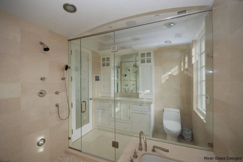 The Frameless Glass Showers That Make Up Structure Of Shower Are For Most Part Either Colored Or Transpa Tempered
